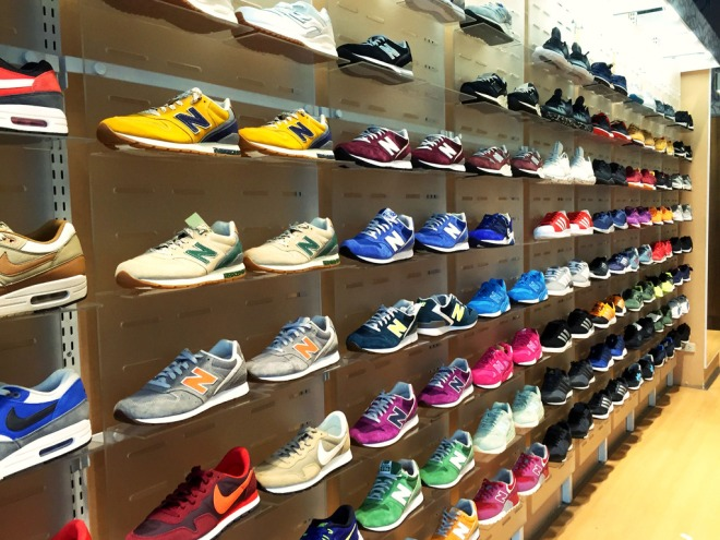 the20athletes20foot20bgc20shoe20display_zpsi7ifdmbd