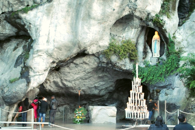 Lourdes_Grotto of Massabielle